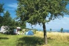 Campingplatz, ein Zeltplatz oder Glamping                            Urlaub